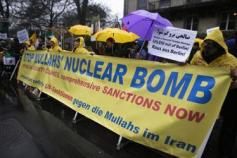 Maryam Rajavi - protest to end nuclear deal